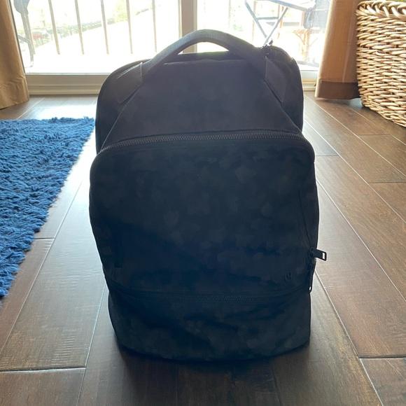 Lululemon City Adventurer Backpack Black Leopard